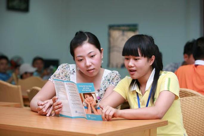 Chăm sóc sức khỏe cho 45.000 nữ công nhân - Ảnh 1.