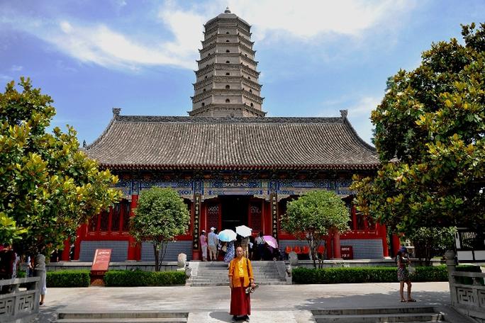 Bí ẩn bảo vật ngàn năm trong ngôi chùa lớn nhất Trung Quốc - Ảnh 2.