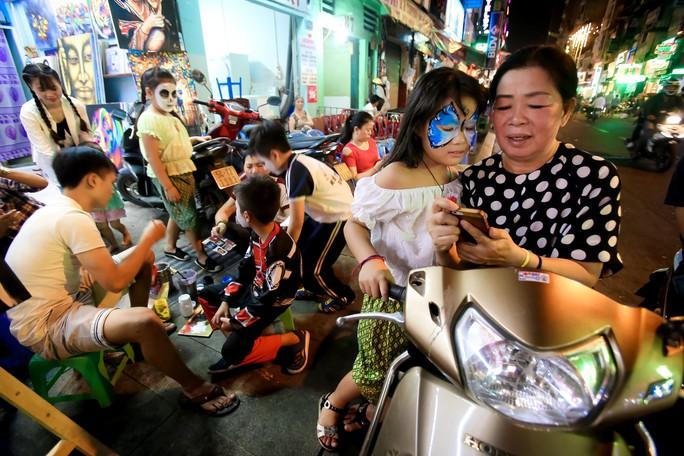 Ai sướng nhất đêm Halloween ở Sài Gòn? - Ảnh 8.