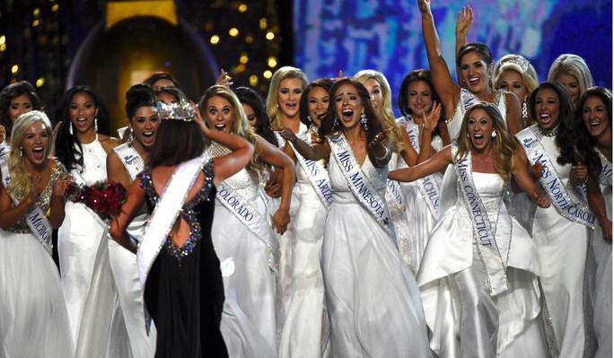 Cận cảnh nhan sắc Hoa hậu Mỹ 2018 - Ảnh 5.