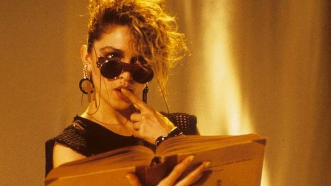 Madonna bực bội vì mình được lên phim