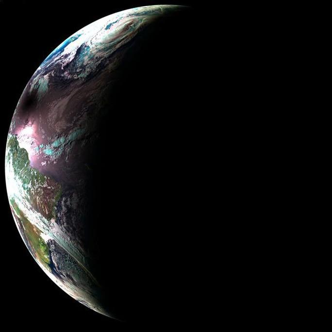 Chiêm ngưỡng nhật thực toàn phần tại Mỹ - Ảnh 2.