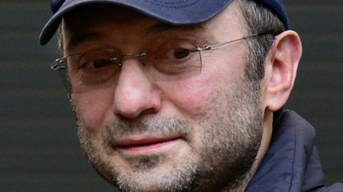 Điện Kremlin quyết cứu tỉ phú Nga bị Pháp bắt - Ảnh 1.