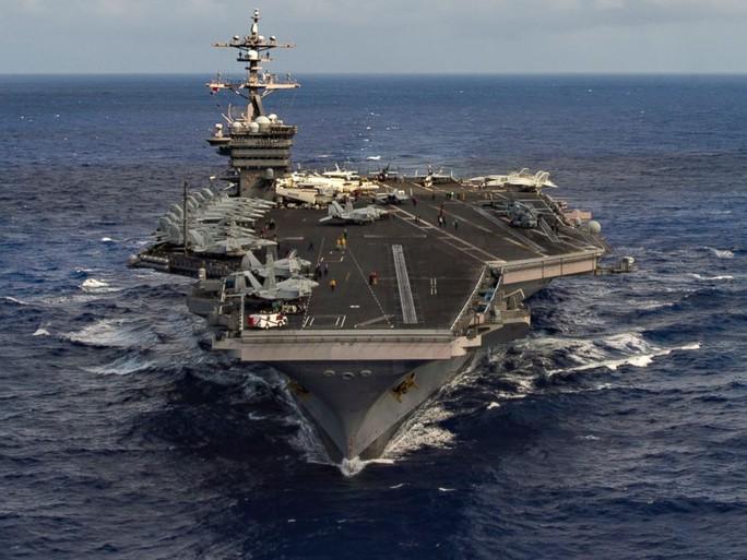Hai tàu sân bay Mỹ cùng huấn luyện, gửi thông điệp đến Triều Tiên - Ảnh 1.