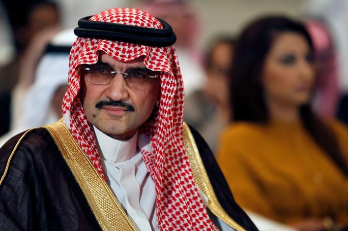 Đằng sau vụ thanh trừng lớn tại Ả Rập Saudi - Ảnh 1.