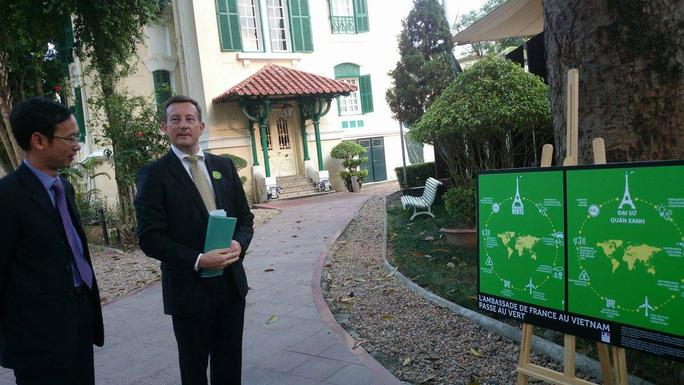 Khu vườn bí mật trong Đại sứ quán Pháp ở Hà Nội - Ảnh 2.