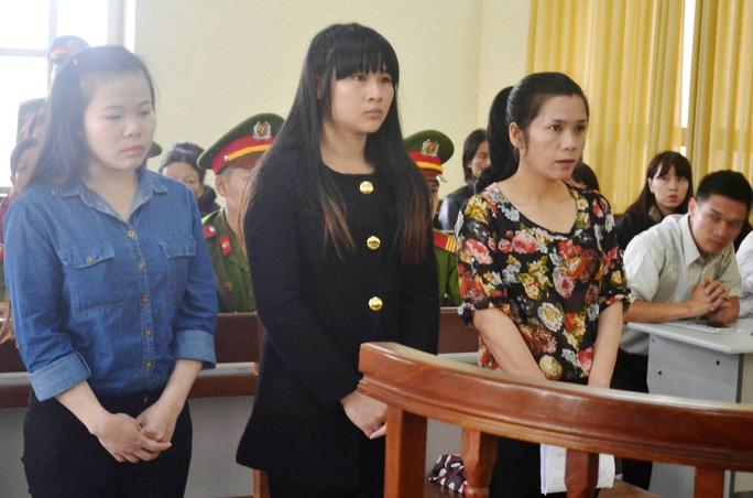 Với thủ đoạn đóng vai con của lãnh đạo tỉnh Lâm Đồng, các đối tượng đã lừa đảo hàng chục tỉ đồng.