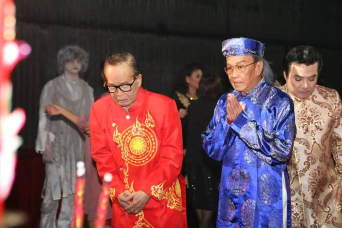 Mừng đại thọ nghệ sĩ Văn Chung trong ngày giỗ Tổ - Ảnh 1.