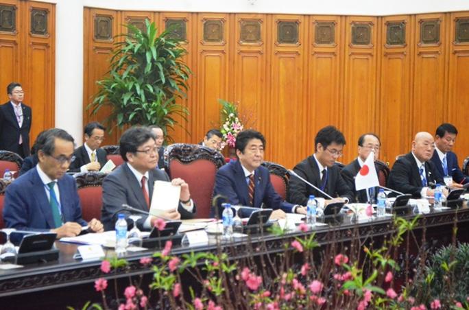 Hai Thủ tướng hội đàm - Ảnh: Nguyễn Hưởng