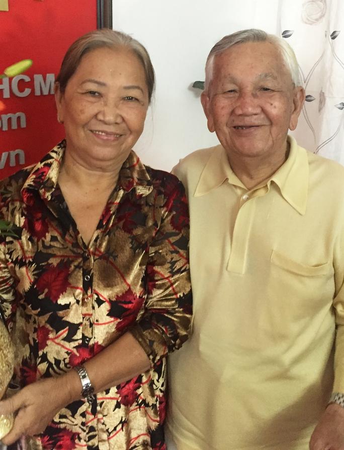 NS Văn Hương và vợ
