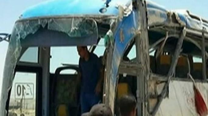 Thảm sát trên xe buýt Ai Cập, 24 người thiệt mạng - Ảnh 2.