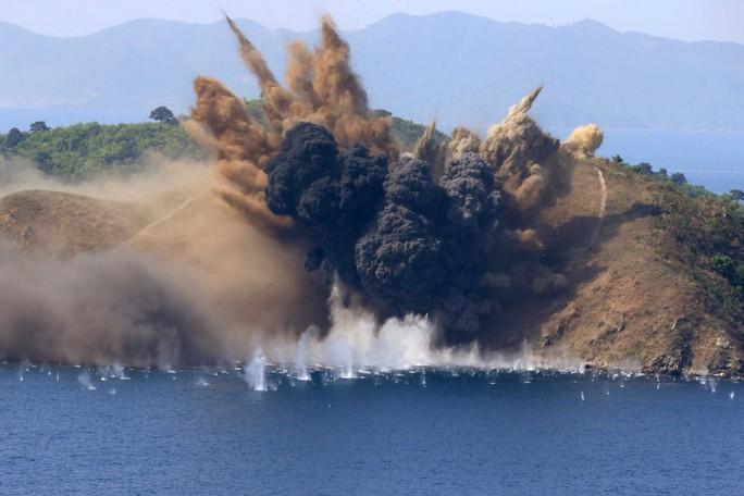 Du lịch Triều Tiên kiểu mới: Vừa tắm biển vừa ngắm bắn tên lửa - Ảnh 7.