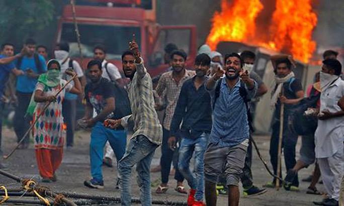 Ấn Độ: Thủ lĩnh tôn giáo cưỡng hiếp tín đồ lãnh 20 năm tù giam - Ảnh 4.