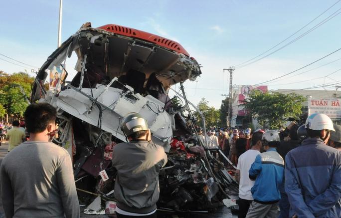 Khởi tố vụ tai nạn thảm khốc tại Gia Lai - Ảnh 1.