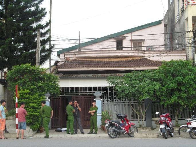 Nhà riêng chủ tịch huyện bị trộm đột nhập - Ảnh 1.