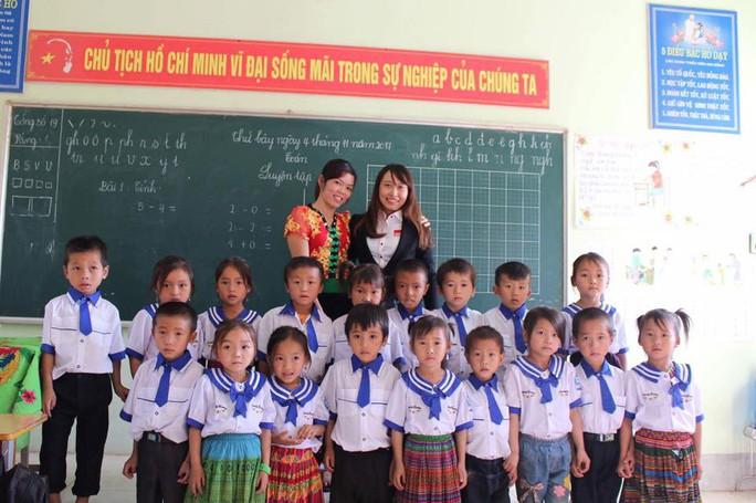 Home Credit hỗ trợ giáo dục vùng cao Tây Bắc - Ảnh 1.