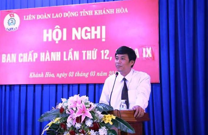 Ông Bùi Thanh Bình, Phó chủ tịch LĐLĐ Khánh Hoà phát biểu nhận nhiệm vụ mới