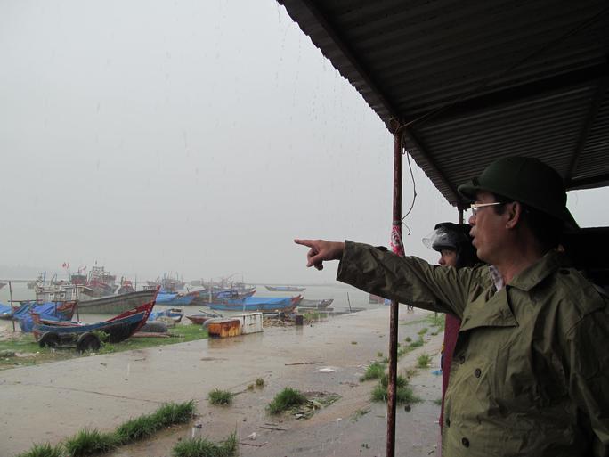 Miền Trung: Khẩn trương phòng chống bão số 4 - Ảnh 9.