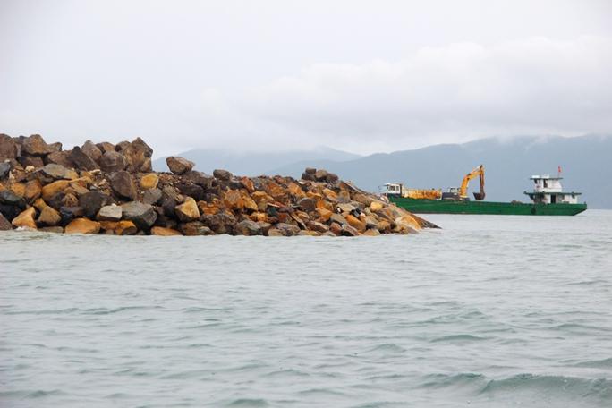 Cận cảnh hàng loạt dự án lấn biển xâu xé vịnh Nha Trang - Ảnh 10.