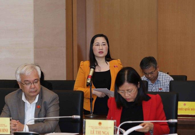 Ủy viên Thường trực Ủy ban Pháp luật của Quốc hội Nguyễn Thị Thủy phát biểu ý kiến Ảnh: TTXVN