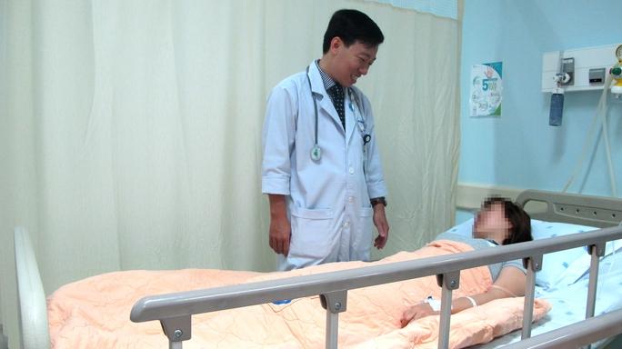 Bệnh nhân mắc cảm cúm suýt chết vừa được Bệnh viện ĐH Y Dược TP HCM cứu chữa