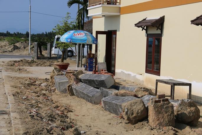Ông Minh buộc phải dỡ bỏ công trình lấn chiếm đất nhà nước
