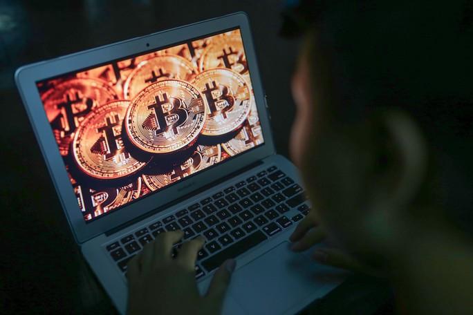 Triệt phá lừa đảo đa cấp tiền ảo Bitcoin - Ảnh 1.