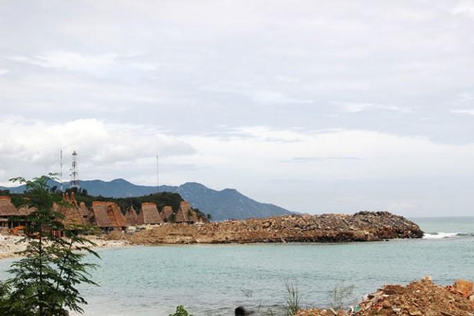 Vụ lấn vịnh Nha Trang: Coi thường quyết định của tỉnh Khánh Hòa - Ảnh 1.