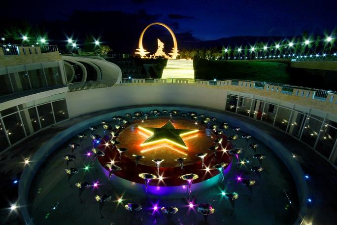 Chiêm ngưỡng Khu tưởng niệm Gạc Ma từ trên không - Ảnh 8.