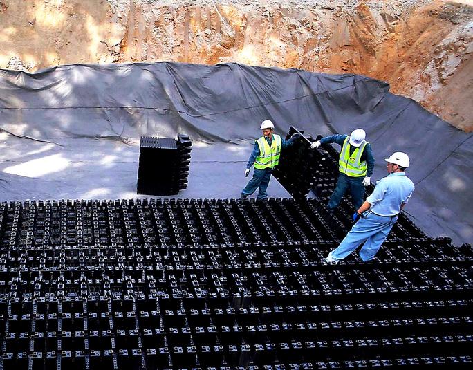 TP HCM xây hồ điều tiết thí điểm chống ngập - Ảnh 1.