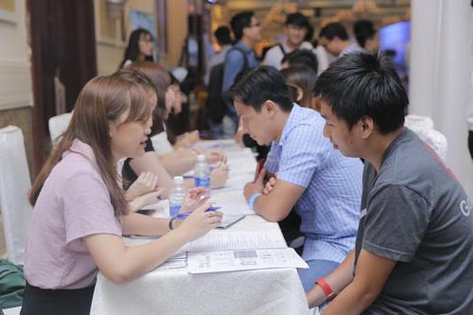 Muốn có lương cao, dân IT cần học thêm ngoại ngữ - Ảnh 1.