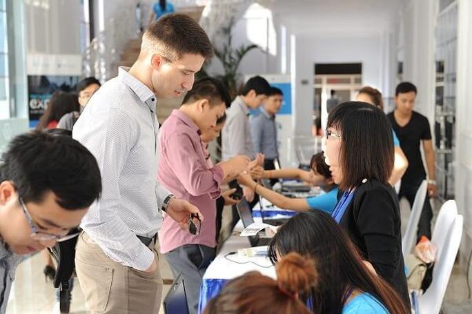 Hơn 2.000 người tham gia ngày hội Tech Expo - Ảnh 1.