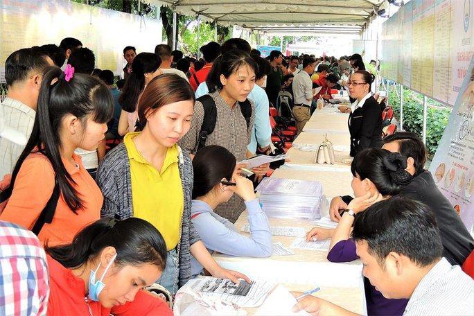 Ngày hội việc làm dành cho lao động nữ - Ảnh 1.