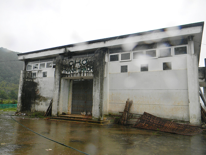 Chợ Thanh Thạch một trong những công trình thể hiện sự yếu kém trong công tác quản lý của lãnh đạo UBND xã – ảnh V.Minh