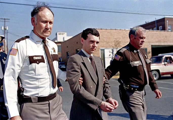 Kẻ giết người hàng loạt Donald Harvey vào năm 1987. Ảnh: AP