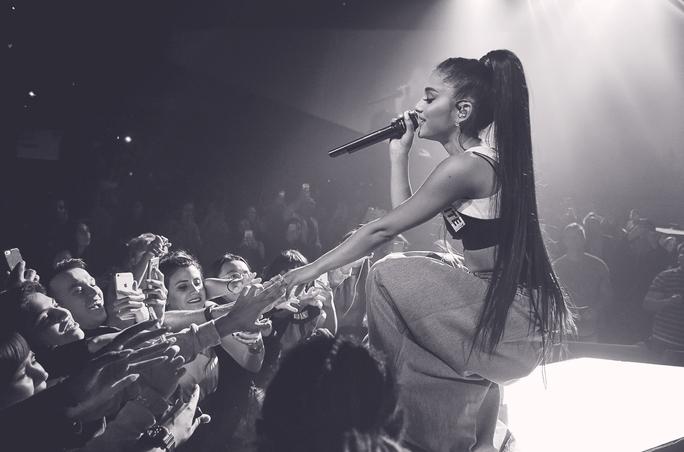 Xôn xao chuyện liveshow Ariana Grande bị hủy - Ảnh 6.