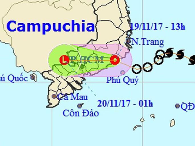 Áp thấp nhiệt đới vào Ninh Thuận-Bình Thuận, gây mưa lớn - Ảnh 1.