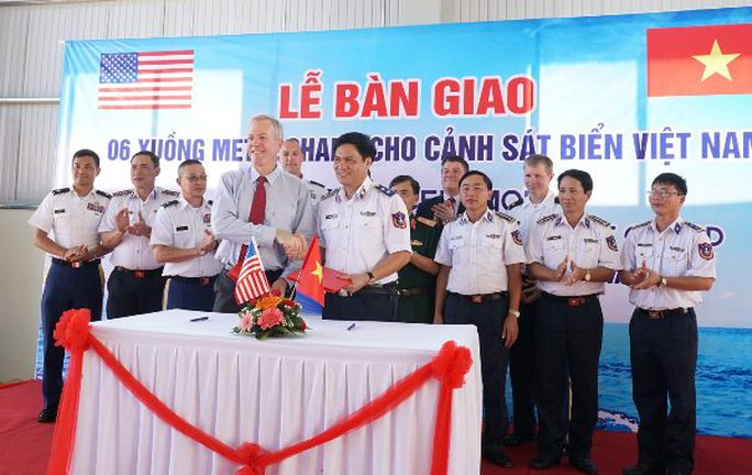 Mỹ bàn giao 6 xuồng tuần tra cao tốc cho Cảnh sát Biển Việt Nam - Ảnh 4.