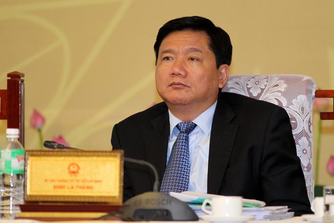Thôi chức Ủy viên Bộ Chính trị với ông Đinh La Thăng - Ảnh 1.