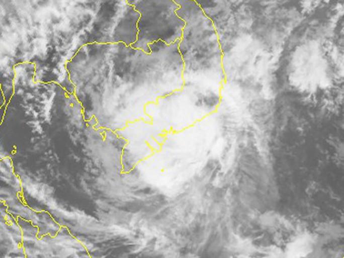 Dự báo mới nhất về bão số 16 (Tembin): Tâm bão lệch xuống phía Nam - Ảnh 4.