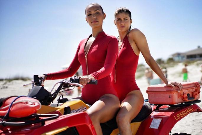 Baywatch là phim dở nhất nửa đầu năm 2017 - Ảnh 1.