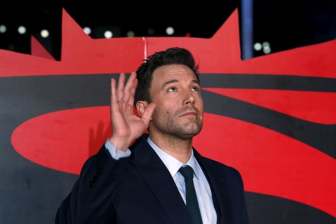 """Ben Affleck phủ nhận tin rời phim """"Người dơi"""" - Ảnh 2."""