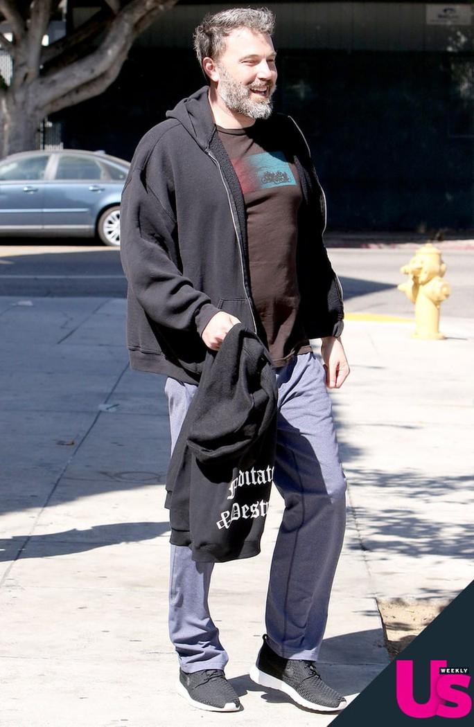 Ben Affleck nỗ lực cai nghiện rượu - Ảnh 1.