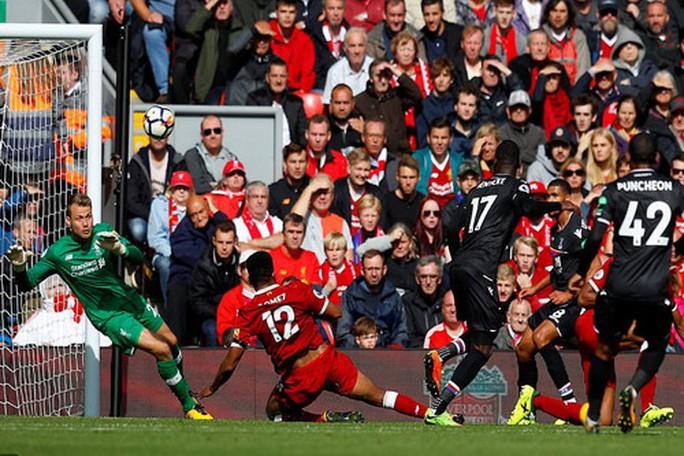 Arsenal thất thủ trước Stoke vì vừa xui vừa lãng phí - Ảnh 9.