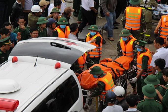 107 người chết và mất tích vì bão số 12 - Ảnh 1.