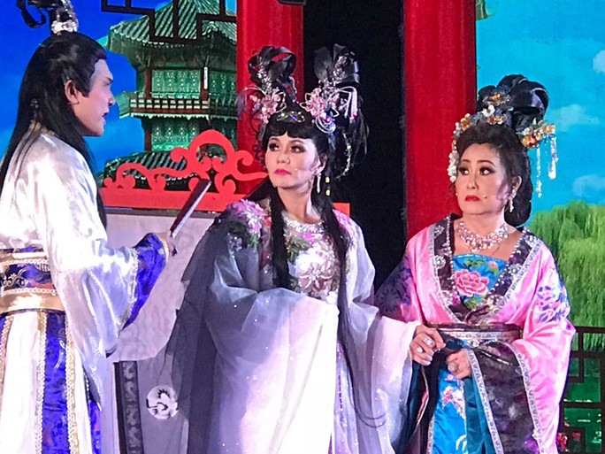 Kim Tử Long- Ngọc Huyền làm cháy vé Xử án Phi Giao - Ảnh 4.