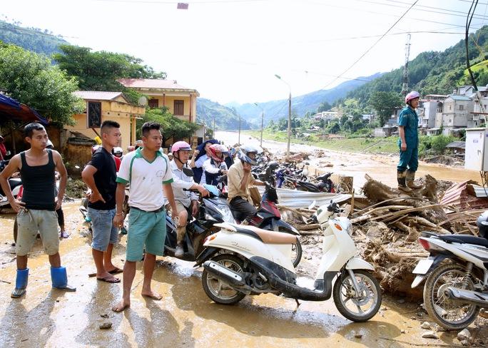 Thủ tướng: Yên Bái, Sơn La tiếp tục di dời dân khỏi vùng nguy hiểm - Ảnh 6.