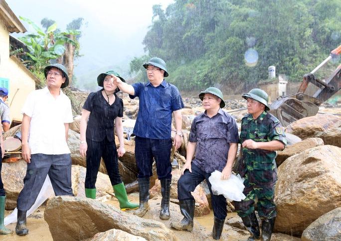Thủ tướng: Yên Bái, Sơn La tiếp tục di dời dân khỏi vùng nguy hiểm - Ảnh 9.