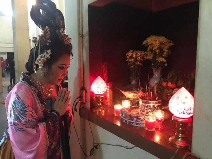 Kim Tử Long- Ngọc Huyền làm cháy vé Xử án Phi Giao - Ảnh 3.