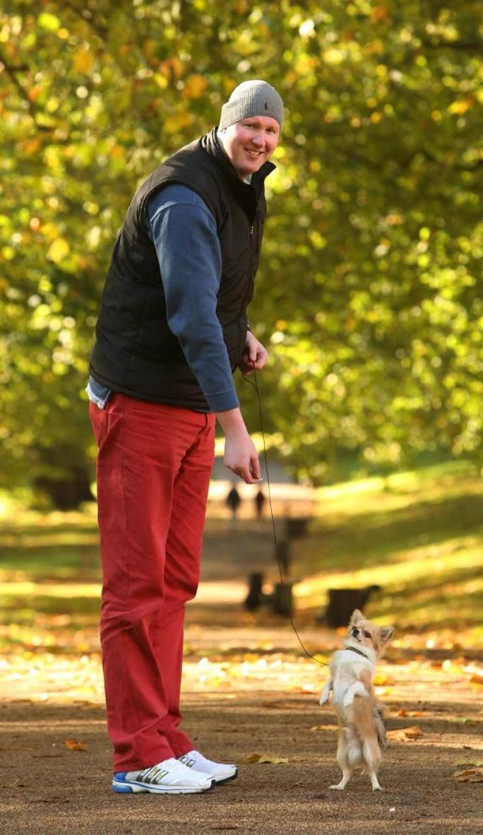 Nam diễn viên Neil Fingleton, qua đời ở tuổi 36
